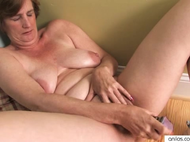 Horny Housewife Mature Masturbation - Free Porn Videos - Youporn-3223