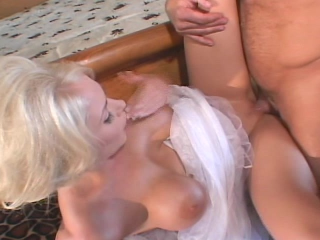 Far-In-Law To Be afprøver Horney Bride - Free Porn-8168