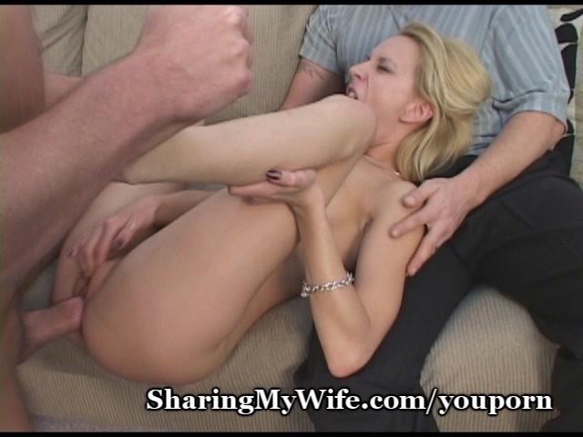Naked female lesbian pussy