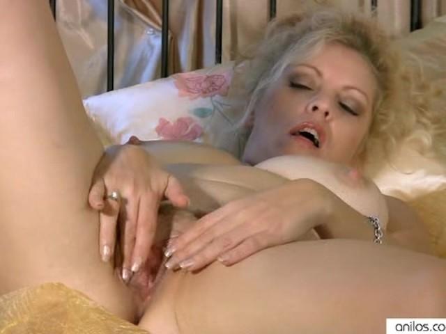 Busty Cougar Multiple Masturbation - Free Porn Videos -3937