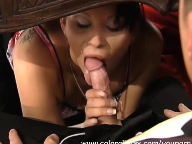Blowjob under desk