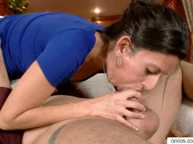 skinny mom takes a wunwanted fuck