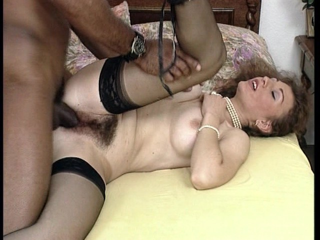 Huge Black Dick Satisfies Horny Housewife - Free Porn -3008