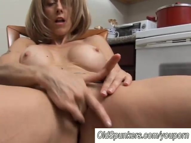 pictures Milf wet pussy