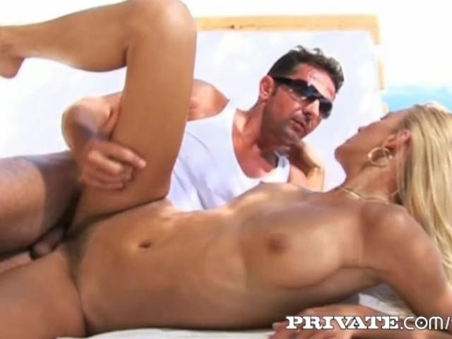 orgazmi-na-ibitse-ira-i-viktor-porno-video