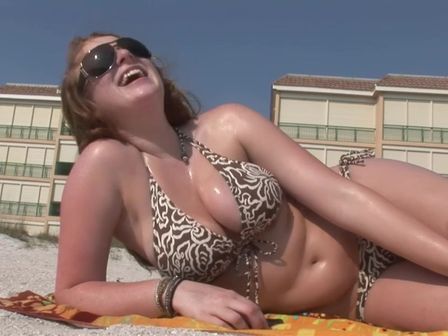 Brunette With Big Tits On The Beach - Dreamgirls - Free -7835