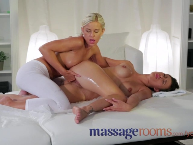 Massage Rooms Young Horny Lesbians Enjoy Dirty Sex And A -7089