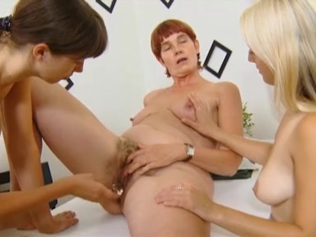 Two Cute Schoolgirls Seduced By Mature Lesbian Teacher In -7105