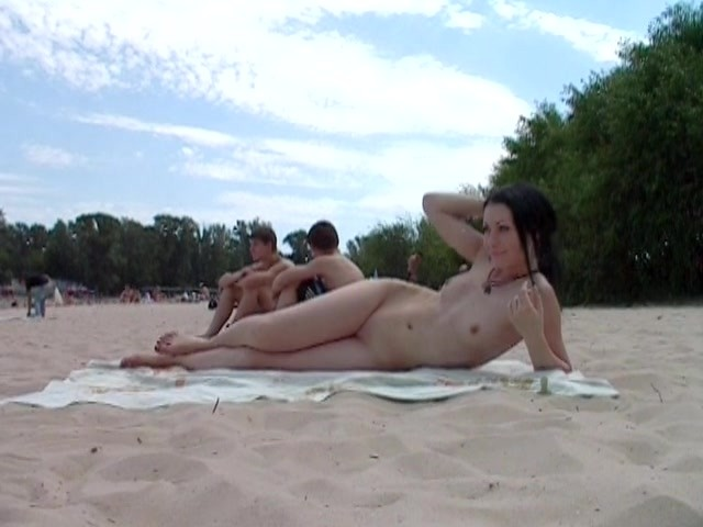 Beach Beauties With Sweet Young Tits - Free Porn Videos -4477