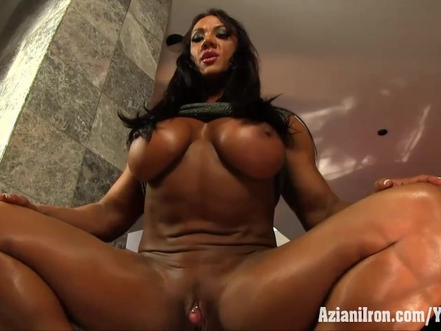 Aziani Iron Amber Deluca Uses A Clitoris Pump On Her Huge -3293