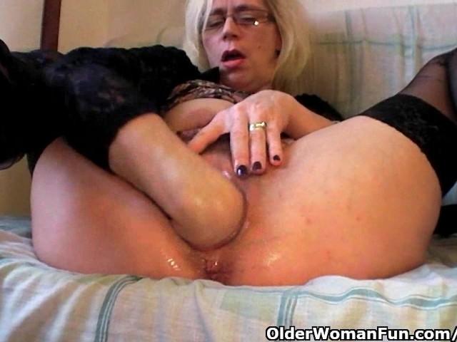 Lesbians in shower videos
