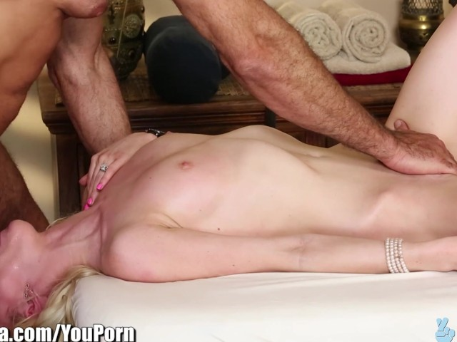 Trickyspa Natural Blonde First Time Sucking Dick - Free Porn Videos -2308
