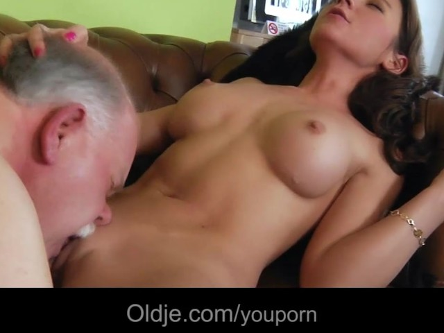 Old Butler Serves Sex To His Young Lady - Free Porn Videos -7913