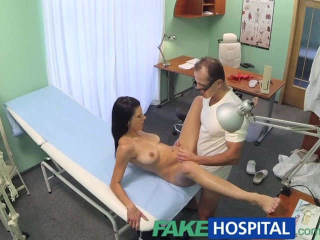 Fakehospital Doctor Convinces Patient To Have Office Sex -5744