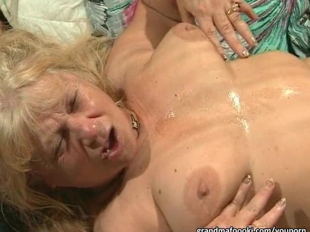 Fat Grannies Have Hot Group Sex - Gratis Pornovideoer - Youporn-7126