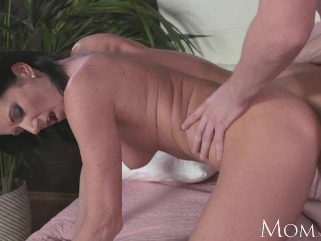Mom Horny Milf Sucks And Fucks Hard Cock Of Shy Young Guy -4107