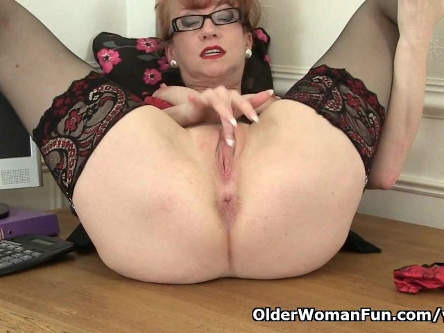 British Milf Red Works Her Sweet Matured Pussy - Free Porn Videos - Youporn-6224