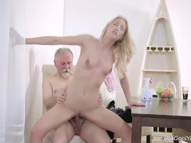 Porn videos old