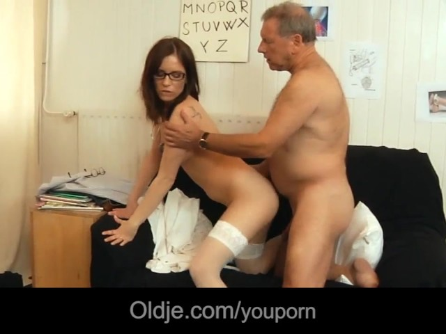 Old Man Rejuvanates After Fucking Young Brunette - Free -1841