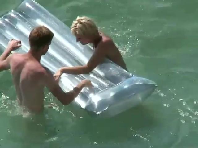 Sex Im Schlauchboot