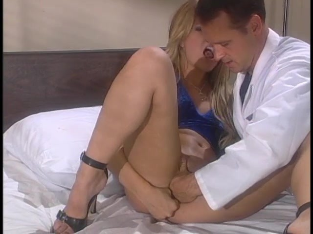 Sex Addict Gets Help From Doctor Dick - Free Porn Videos -4234