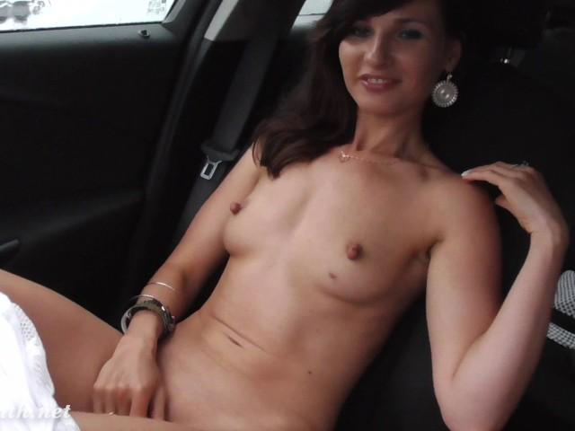 Jeny Smith No Panties Flashes At Vacations - Free Porn