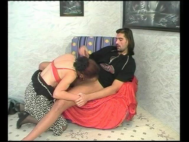 woman  he has sex on the upside-down amazon
