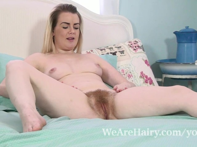 Warm Nude Pictures Of Becky Quick Pictures