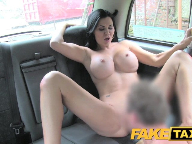 Faketaxi Hot Sexy Big Tits And Tight Jeans - Free Porn -4282