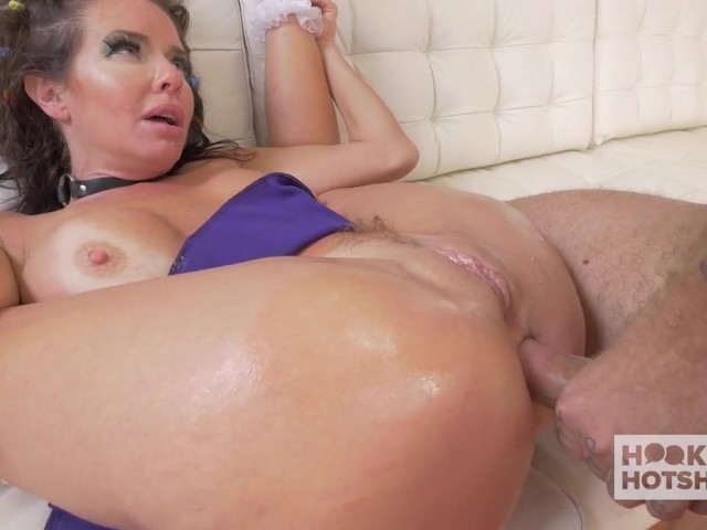 Moms Having Anal Sex 2