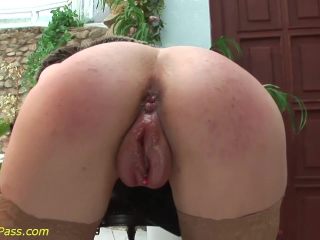 White girl squirts on bbc