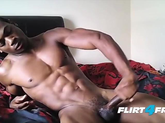 Muscular Ebony Hunk Flexes His Hot Body and Bbc