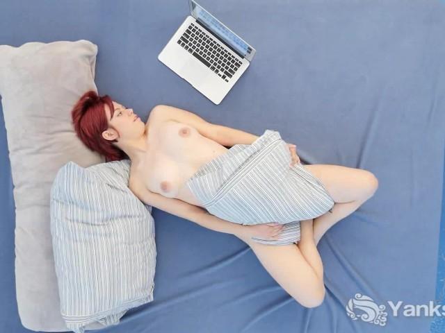 image Yanks redhead hedera helix masturbating