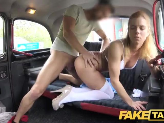 Big booty orgasm clit housewife