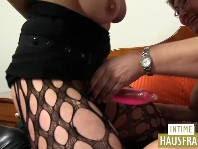 Lesbo Action Free 13