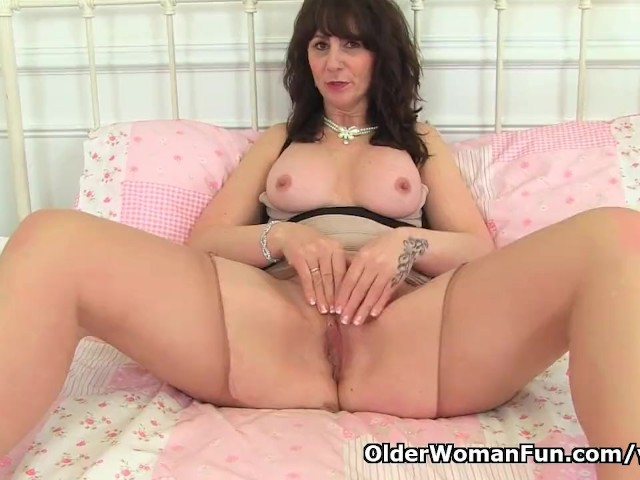 Scottish Milf Toni Lace Will Get You Going With Her Dirty -8063