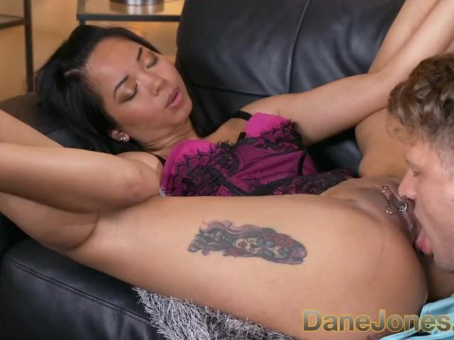Dane Jones Horny Tatoveret Pierced Thai Girl I Lingeri-6323