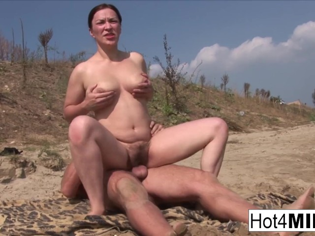 Busty Milf With Natural Tits Fucks On The Beach - Free -7869