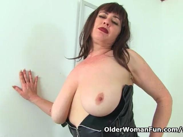 English Milf Janey Gets Naughty In Black Leggings - Free -4712