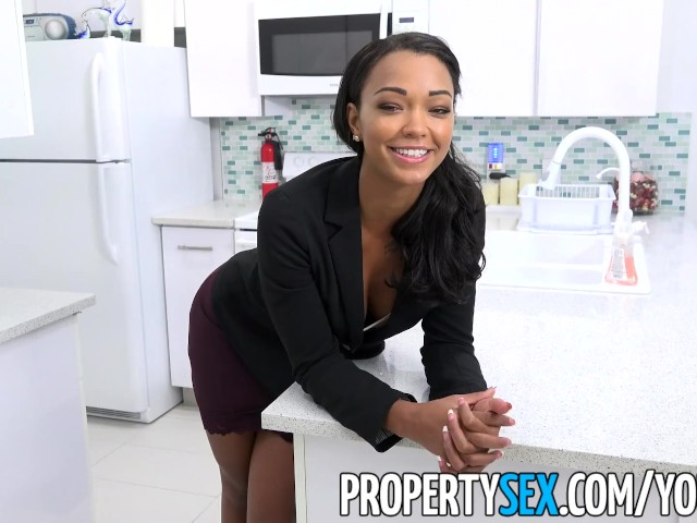 PropertySex - Sexy female property manager fucks pissed off tenant #1185330