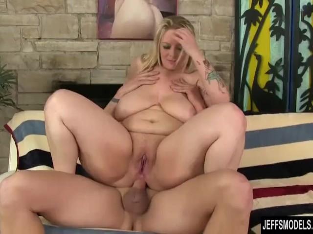 Mature neighbor wife fuck