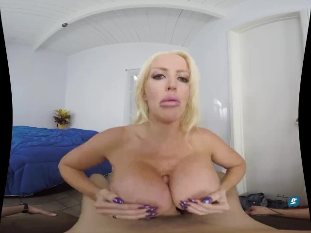 Milfvr prowling cougar ft alura jenson - 2 6