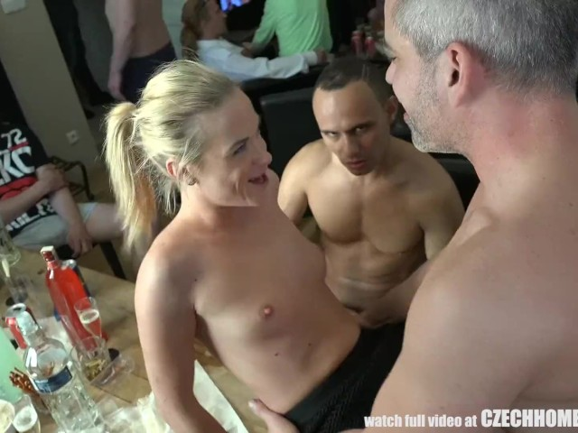Beautiful Czech Girls Giving A Head At Home Party -8353
