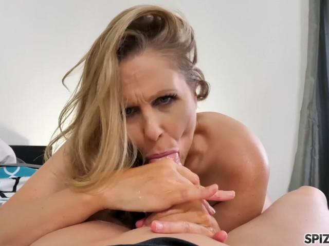 Spizoo - Legendary Julia Ann fucking a big dick, big boobs %26 big booty