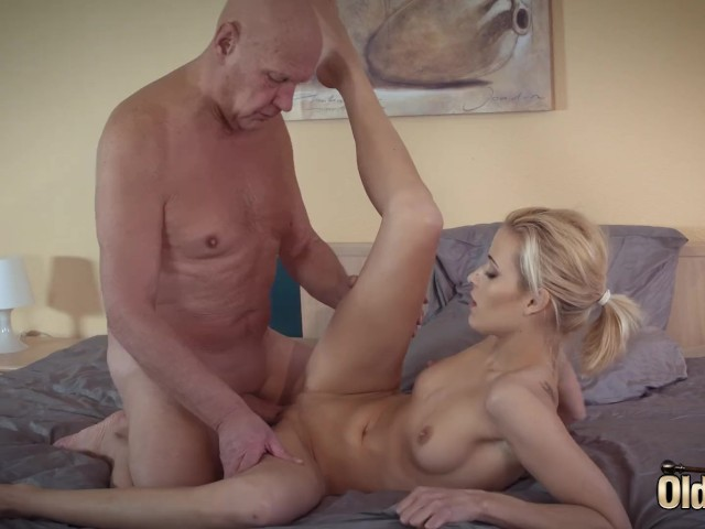 Sugar Daddy Fucks His First Teen She Is So Sexual And -3805