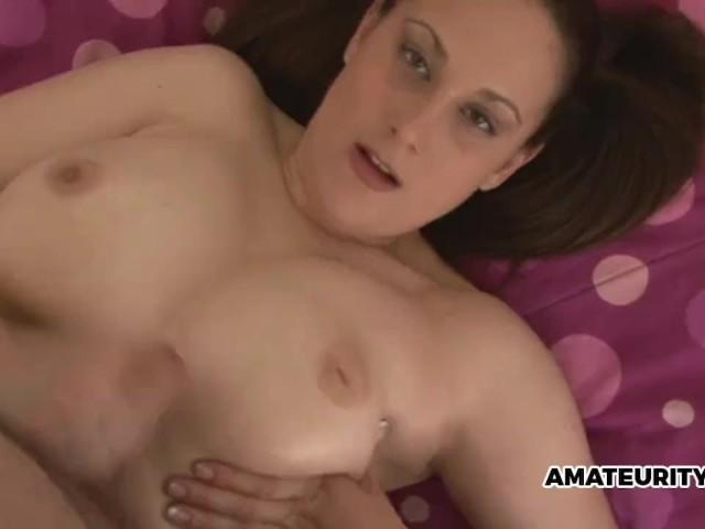 Busty Amber Lends a Hand - Free Porn Videos - Cliporno