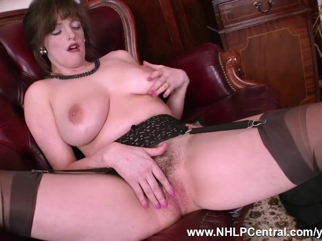 Black and mature anal sex