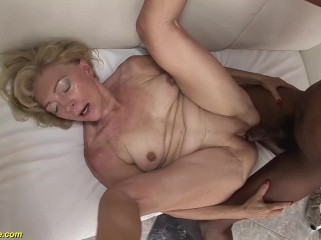 71 Years Old Grannies First Bbc Interracial - Free Porn -5279