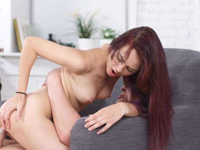 Slimt Redhead Teen Babe Michelle Can Wanks & Fucks Stud's Big Veiny Dick
