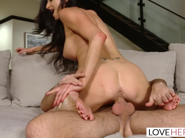 Loveherfeet - Sexy Milf With a Tight Pussy Fucks Young Stud